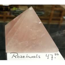 Pyramide Rozekwarts