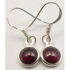 Garnet earrings, round
